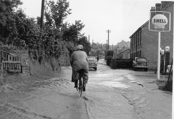 1963 floods,  Mis Kit Pike-1