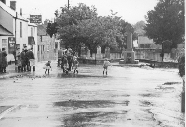 1963 floods, The Square