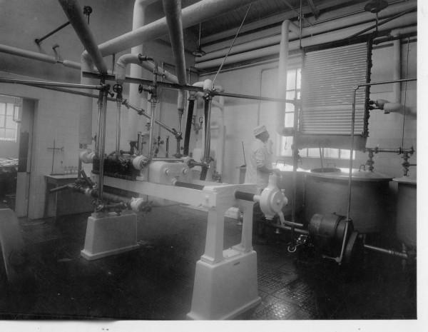 Unigate, Hemyock; pasteurising room.-1